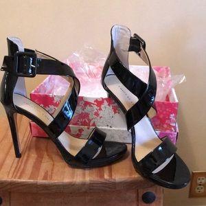 Sandals heeled